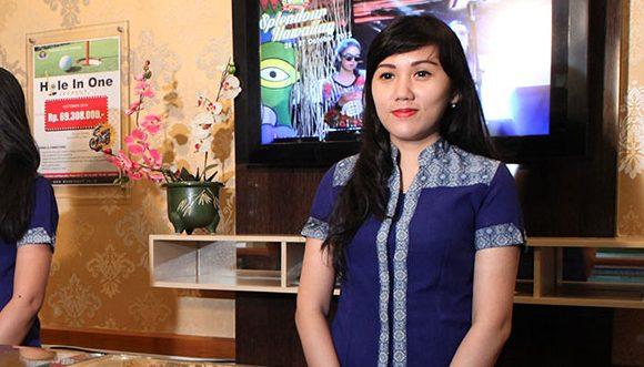 Lowongan Kerja KasirRestoran Modern Golf & Country Club Tangerang